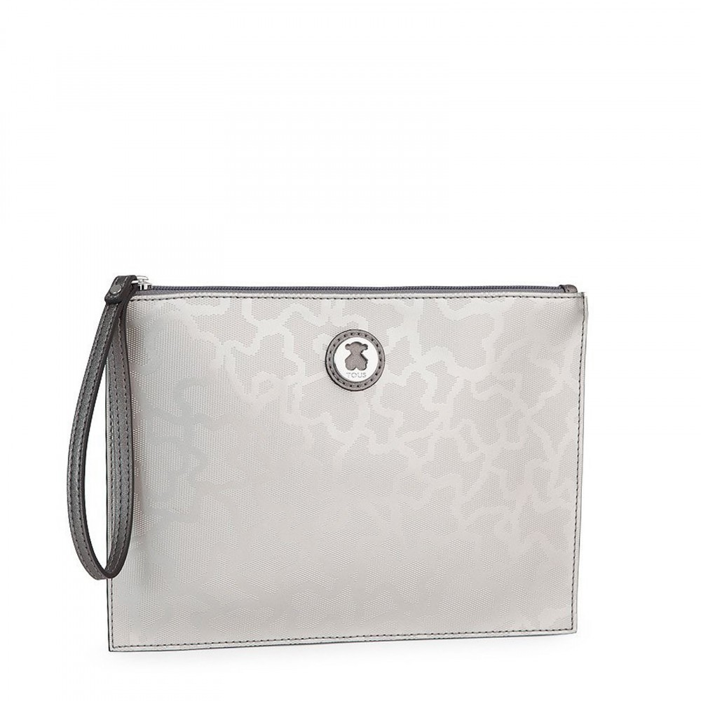 Kaos Shiny clutch in silver color